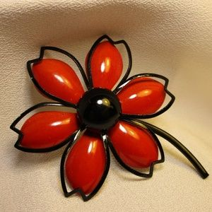 Vintage 60's Flower Enamel on Metal Pin
